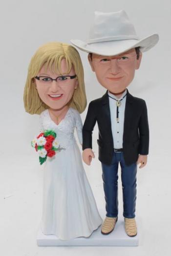 Casual couple wedding cake topper bobbleheads