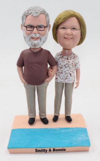 Best gift for parents- Old couple bobbleheads