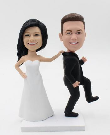 Groom and bride Bobblehead Cake Toppers
