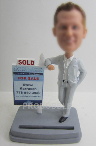 Best Gifts For Realtor Bobbleheads