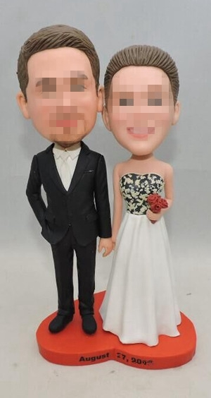 Custom wedding cake topper with heart shap base