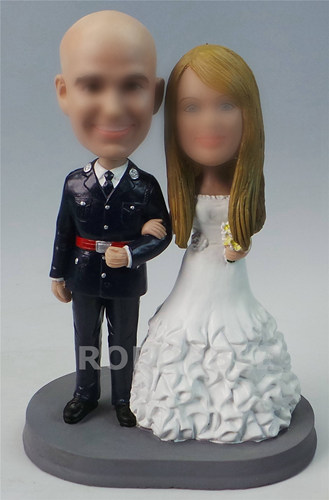Cake topper wedding bobbleheads